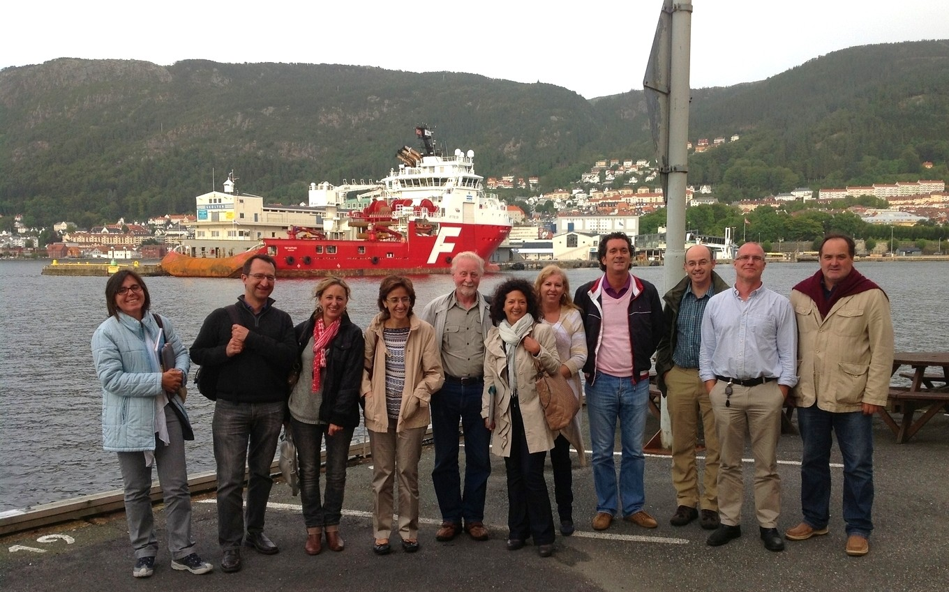 Some Parasite team members and Bergen harbour (Aug. 2013)